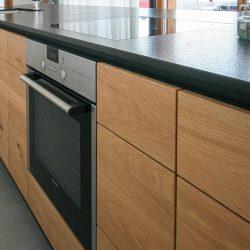 Küche mit Druckschubladen